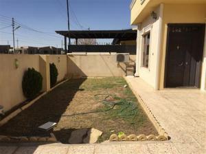 بيت مؤثث في مجمع آشتي للايجار